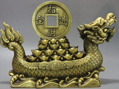 golden symbol of wealth